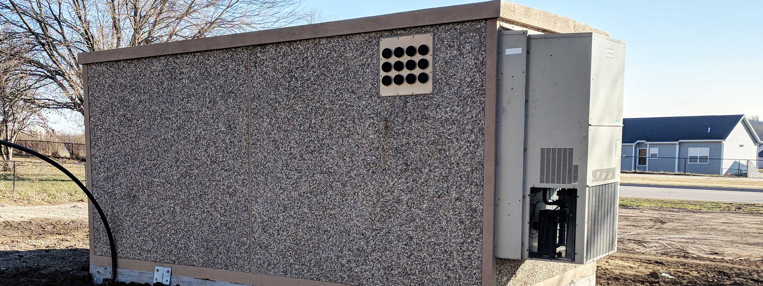 we-are-looking-for-used-telecom-shelters